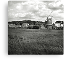 The windmill at Cley-Next-the-Sea, Norfolk, UK Canvas Print