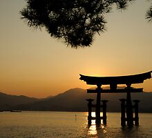 Itsukashima shrine by Alex Dundon