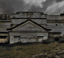 Sunken Hall... by Darqfyre