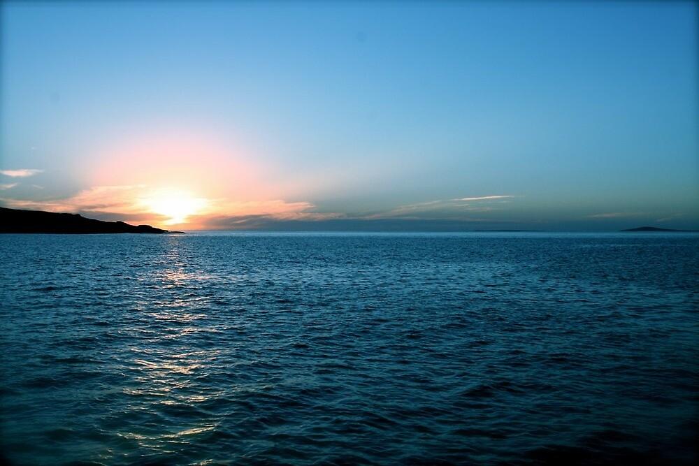 Sunset over Thistle Island by samihatch