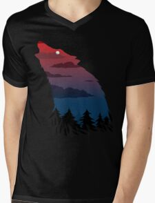 Scary howling wolf Mens V-Neck T-Shirt