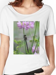 Black Dragonfly and Crown Vetch Women's Relaxed Fit T-Shirt