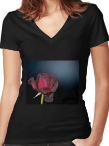 Dead Red Rose Women's Fitted V-Neck T-Shirt