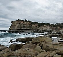 The Skillion Terrigal by rossco