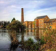 Tonge Mill Pond by Lee  Dighton