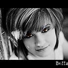 Amber Eyes by jujubean