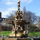 Golden Fountain by emanon