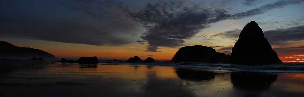 WhalesHead Beach Sunset,  Oregon by Greg Badger