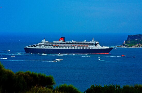 Queen Mary II - Sydney Harbour by bhooper