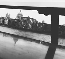 London Black & White by allyphotography
