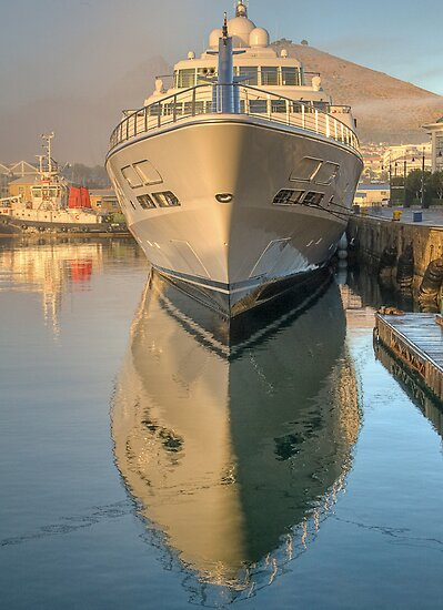 Ship shape reflection by awefaul
