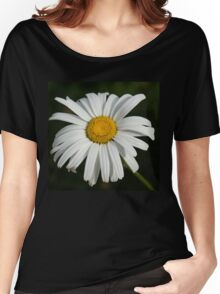 Just a Daisy Women's Relaxed Fit T-Shirt