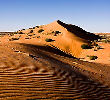Red Sand Dune near Big Red by Hedoff