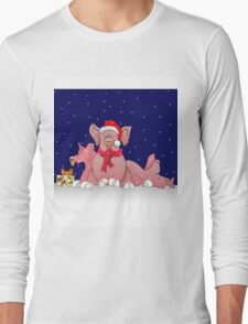 Christmas pigs for throw pillows Long Sleeve T-Shirt