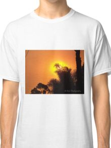 Orange morning sky from wildfire, 10/23/2007 7:30 am, Carlsbad, California Classic T-Shirt