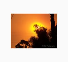 Orange morning sky from wildfire, 10/23/2007 7:30 am, Carlsbad, California Unisex T-Shirt