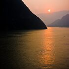 Three Gorges by RayDevlin