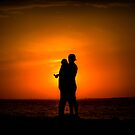 Lovers in the sun. by Thomas Anderson