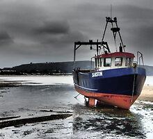 Fishing Boat in Abersoch by mark scothern