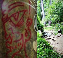Grafiti along my hiking path by Bine