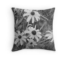 Nature trails Throw Pillow
