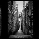 Edinbvrgh close's ...... by SNAPPYDAVE