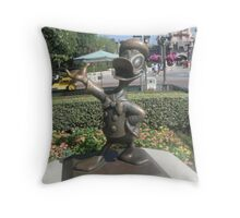 Donald duck Throw Pillow