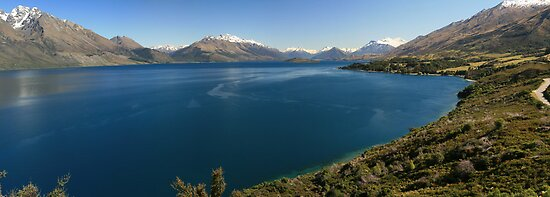 Lake Wakitupu, New Zealand by middleofaplace
