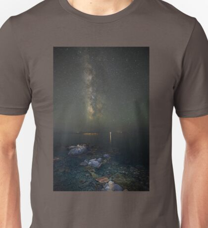 Milky way at a rocky sea coast in Syros island, Greece Unisex T-Shirt