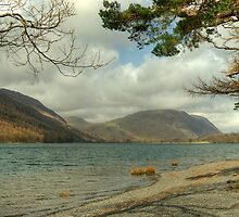 Buttermere Shoreline by VoluntaryRanger