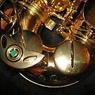 Swing Low - Alto Sax Keys by MidnightMelody