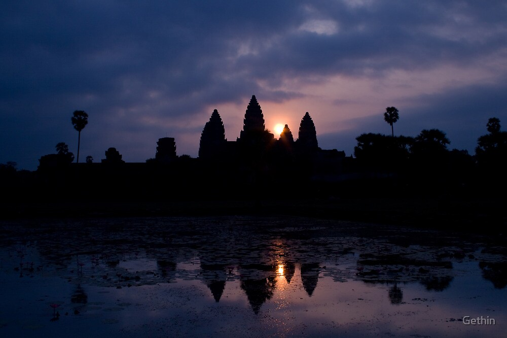 Sunrise over Angkor Wat by Gethin
