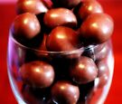 Chocolate Almonds by Evita