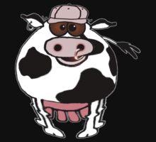 Cartoon of a fat cow wearing a cap! Kids Tee