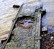 Into the Thames by Linda Hardt