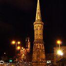 Banbury Cross by Luke Stevens