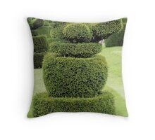 Robin topiary Throw Pillow