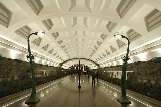Slavyanskiy Bulvar Metro Station, Moscow by offwhitedog