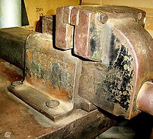 Well worn vice by Tugela