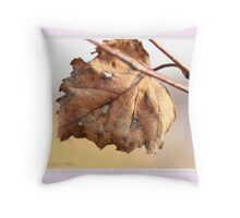 White birch leaf Betula papyrifera B Throw Pillow