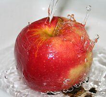 Water on Apple by SMerlin