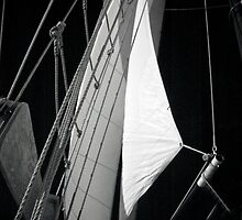 Schooner Sails by Barbara Simmons