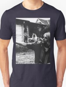 Kurt Cobain w/ a cute cat Unisex T-Shirt