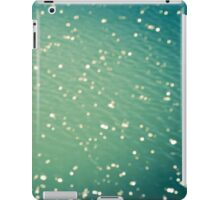 Green ocean blur iPad Case/Skin