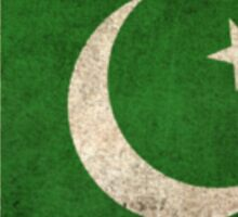 Old and Worn Distressed Vintage Flag of Pakistan Sticker