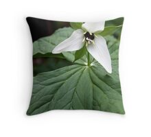 Jeweled Wakerobin Trillium Throw Pillow