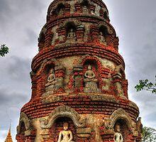 Towering Buddha by transparo