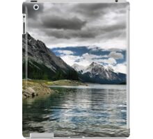 Medicine Lake, Jasper NP iPad Case/Skin