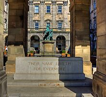 Edinburgh Stone of Remembrance by Tom Gomez
