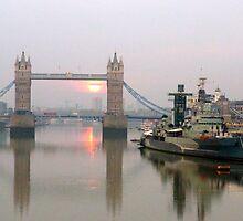 Tower Bridge at Dawn by Sean Foreman